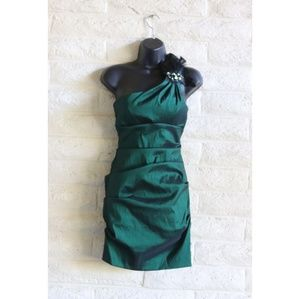 Xscape by Joanna Chen feather Jewel emerald dress